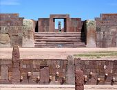 Tiwanaku ruins - Kalasasaya and lower temples