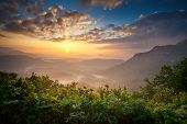 Sunrise Blue Ridge Mountains Scenic Overlook Nantahala Wald Highlands Nc