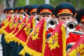 MOSCOW - MAY 8: Soldiers blew trumpets at ceremony of wreath laying at tomb of Unknown Soldier at Vi