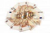 Money Lies On A Circle