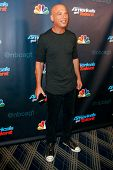 NEW YORK-AUG 28: Judge and comedian Howie Mandel attends the post-show red carpet for NBC's
