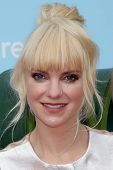 LOS ANGELES - SEP 21:  Anna Faris at the