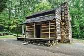 picture of gatlinburg  - Settlers cabin on display in Americas Great Smoky Mountain National Park - JPG