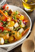 Traditional Healthy Panzanella Salad