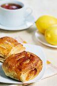 Puff Buns, Lemons And Tea