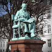Famous Composer - Hartmann