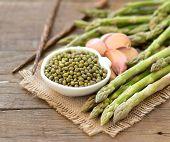 Mung Beans, Garlic And Asparagus
