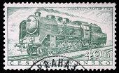 Tschechoslowakei ca. 1956: eine Briefmarke gedruckt in der Tschechoslowakei anzeigen 'Zeitschrift 534' Dampflokomotive