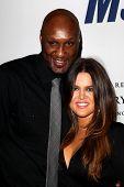 LOS ANGELES - 18 de mayo: Lamar Odom, Khloe Kardashian llega a la carrera anual de 19 a borrar MS gala