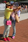 US Open 2014 visitors taking selfie at Billie Jean King Tennis Center
