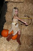 LOS ANGELES - OCT 4:  McKenna Grace at the RISE of the Jack O'Lanterns at Descanso Gardens on October 4, 2014 in La Canada Flintridge, CA