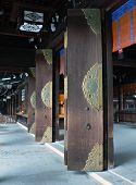 portas do templo abertas