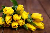 picture of cutting board  - Big bouquet of beautiful yellow flowers - JPG