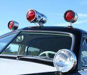 Sirenes de carros de polícia vintage.