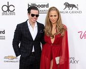 LAS VEGAS - MAY 18:  Casper Smart, Jennifer Lopez at the 2014 Billboard Awards at MGM Grand Garden A