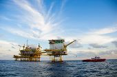 image of rig  - Oil and gas platform in the gulf or the sea - JPG