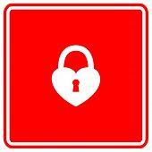 heart closed padlock sign