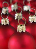 Red christmas balls 1102_20
