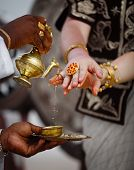 Wedding In Sri Lanka - Ritual Watering Fingers