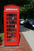 Traditionelle rote Telefonzelle In England