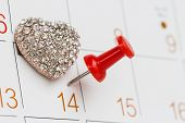 pin On Calendar And jewely Love Symbol
