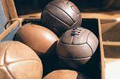 Balls retro