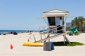 picture of coast guard  - Life guard tower at Fort Lauderdale Florida  - JPG