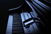 Piano In Blue