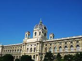 Kunsthistorisches Museum At Mariatheresasquare