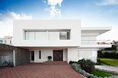 Gran casa moderna