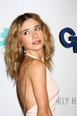 LOS ANGELES - JUN 25:  Olesya Rulin arrives at the 4th Annual Thirst Gala at the Beverly Hilton Hote