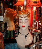 foto of prissy  - Beautiful manikin lady displaying elegant jewelry in a store - JPG