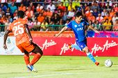Sisaket Thailand-june 21: Kim Geun-chul Of Singhtarua Fc. (blue) In Action During Thai Premier Leagu