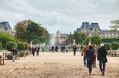 Grand Bassin Rond And Arc De Triomphe Du Carrousel In Paris