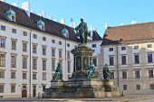 Vienna Imperial Palace (hofburg) - Amalienburg And Inner Courtyard With Renaissance Fountain - Austr