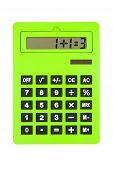 Calculadora verde mostrando cálculo equivocado, paradójico, en blanco