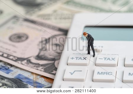 Tax Calculation Or Tax Refund