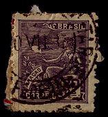 Brasil-CIRCA 1936:A selo impresso no Brasil mostra imagem da aviação é o design, desenvolvimento, prod
