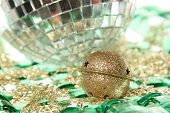 Jingle Bell On The Mirror Ball With Plate