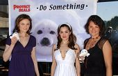 Emily Deschanel with Gina Phillips and Darcy Halsey at the Los Angeles event for