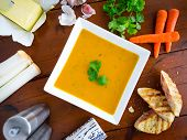 Carrot and coriander soup with ingredients.