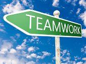 Teamwork Arrow Sign