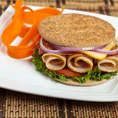 Whole Wheat Thin Sandwich Roll