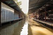 Thai Canal Stalls