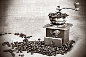 picture of wooden box from coffee mill  - Contrast black - JPG