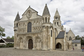 picture of poitiers  - Notre Dame la Grande Poitiers France. Romanesque church 11th and 12th centuries. ** Note: Slight graininess, best at smaller sizes - JPG