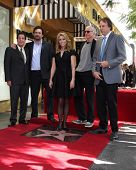 LOS ANGELES - JAN 29:  Peter Roth, Jeremy Sisto, Cheryl Hines, Larry David, Kevin Nealon at the Holl