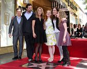 LOS ANGELES - JAN 29: Chris Parnell, Jeremy Sisto, Cheryl Hines, Jane Levy, Carly Chaikin, Allie Gra