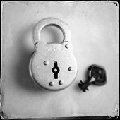 Instagram filtered image of an antique lock and key