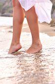 Постер, плакат: Женские ноги на пляжные